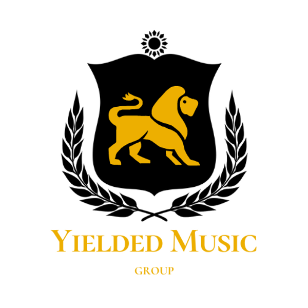 Yellow and Black Grade School Logo.png