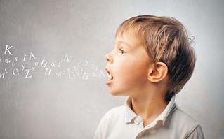 La importancia de estimular el habla y el lenguaje en nuestros hijos