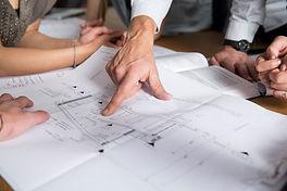 שיפוץ בית או דירה החל מאדריכל, קבלן שיפוצים ועד מעצבת פנים בגמר העבודה