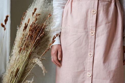 gros-plan-jupe-rose-patron-de-couture