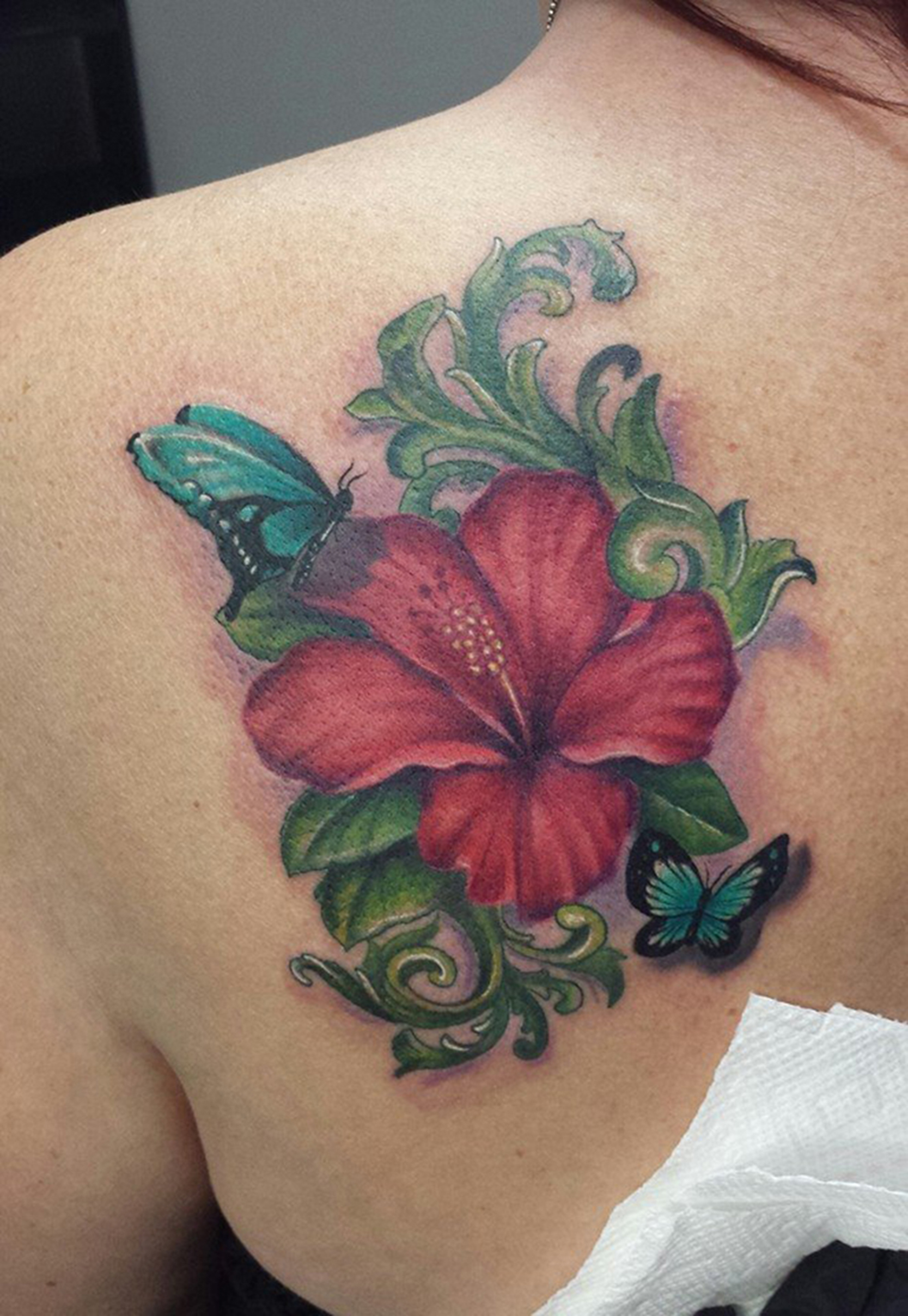 img alt=color_flower_tattoo_dallas_tattooartist_gold_dust_tattoos_char.jpg