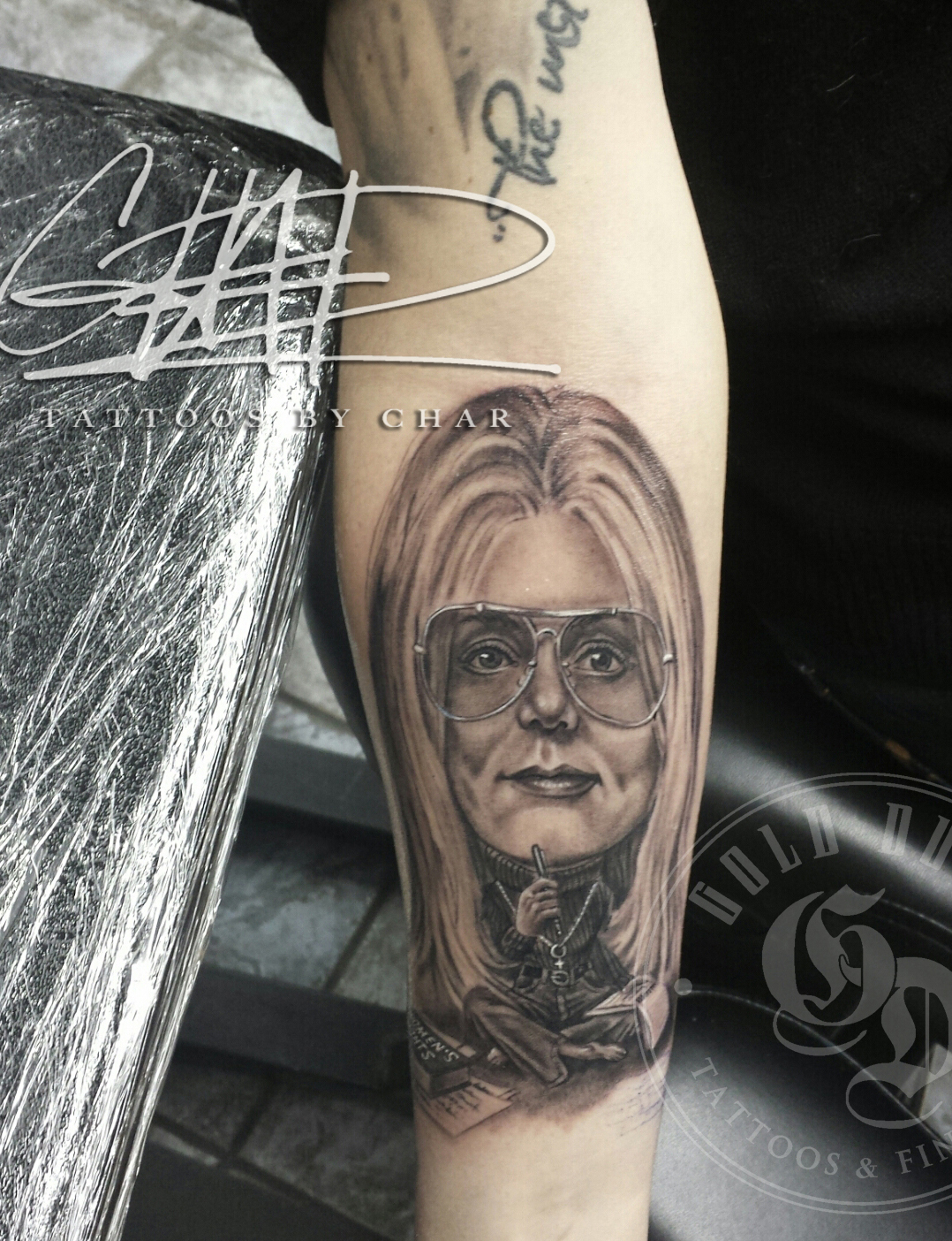 img alt=portrait_tattoo_black_and_grey_gloria_steinem_dallas_tattoo_shop_artist_