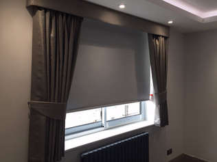 Blockout Drapes (Curtains) with Roller b