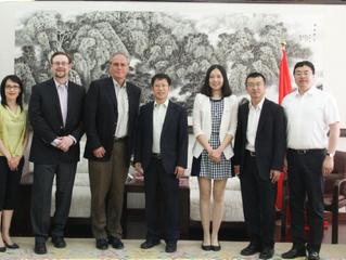美国芝加哥颗粒技术实验室代表团访问辽宁