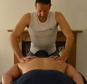 Lawrence Kelson, male masseur, facial and neck massage, aromatherapy, deeply relaxing