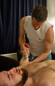 Lawrence Kelson, gay friendly massage therapist, muscle conditioning, gastocnemious, releasing