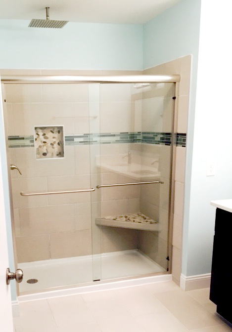 Shower with Built-in Shelf