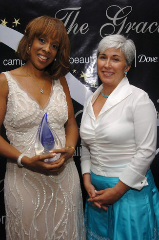 Cary with Gayle King at Gracie Awards in