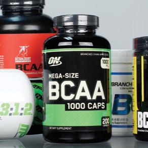 Consumo de BCAA (aminoácidos de cadena ramificada) durante o post ejercicio.