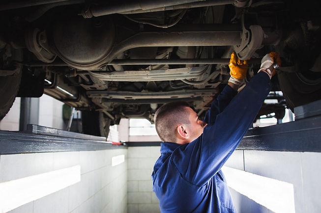 Suspension system of SUV restoration in