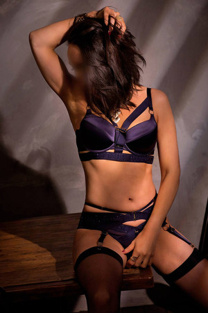Evie-Perth-Escort-Private.jpg