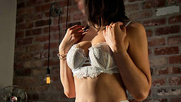 Perth-Escort-Yvette-Bond-0069-White-DVT-