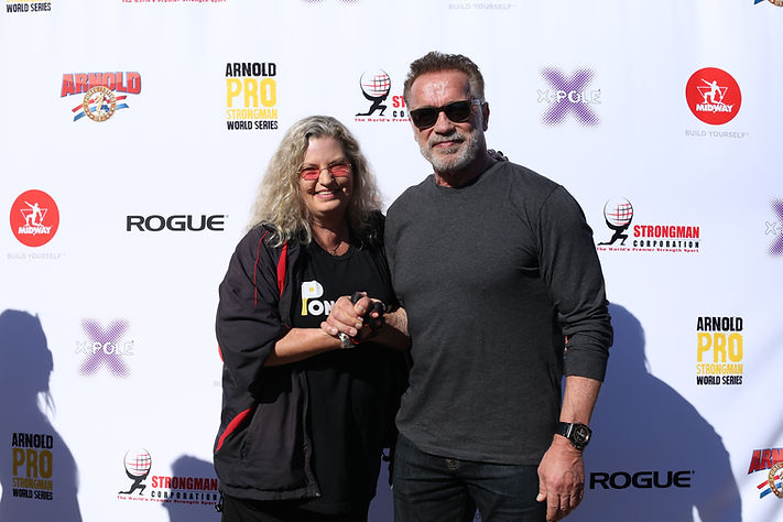 Arnold and Kim 2019 Strongman USA.jpg