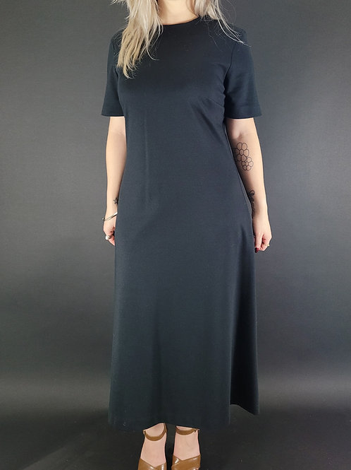 Solid Black Short Sleeve Maxi Dress View 1