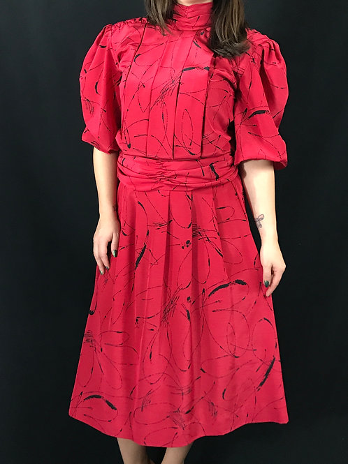 Red And Black Abstract Print Blouse And Skirt Set View 1