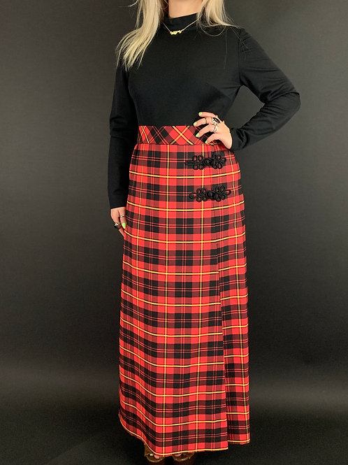 Black And Red Plaid Long Sleeve Maxi Dress View 1