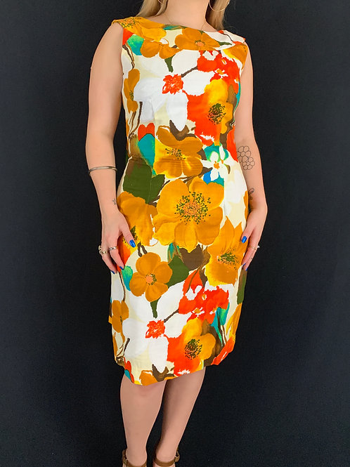 Hawaiian Floral Dress With Train View 1