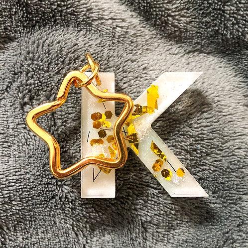 Letter sleutelhanger met paardenhaar