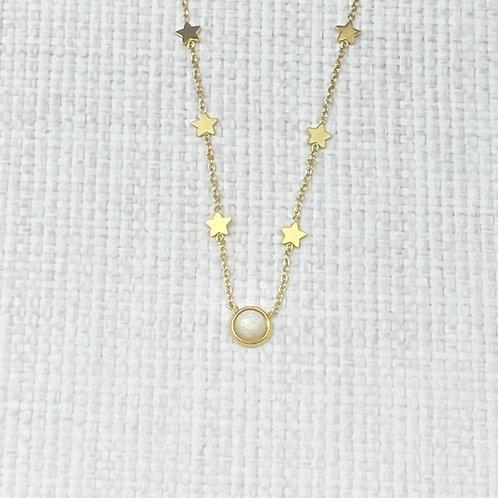 Collier Femme Chaîne Dorée Acier Etoiles Perle Blanche