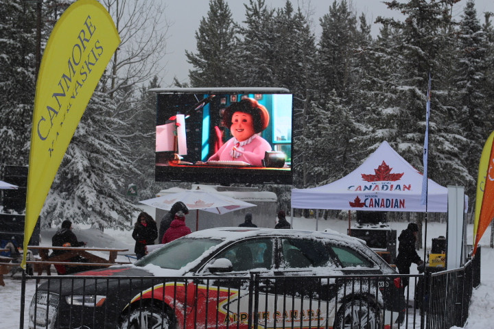 C10 Mobile LED screen showing movies throughout the day