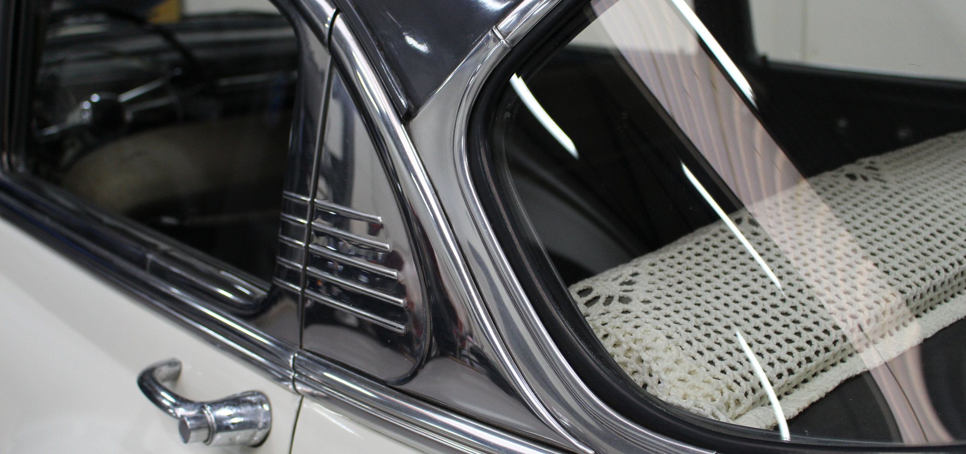 Chevrolet_BelAIr_1953_24.JPG