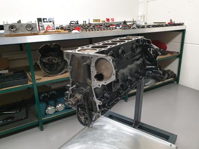 BMW_E24_M635_AUG84_motor_46.jpg