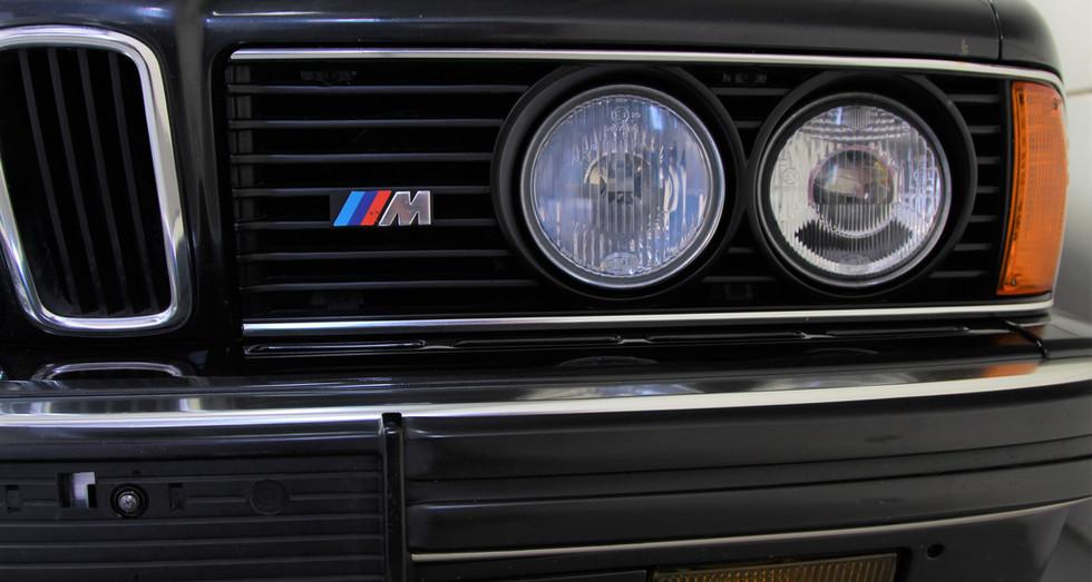 BMW_E24_M635CSI_DEC88_117.JPG