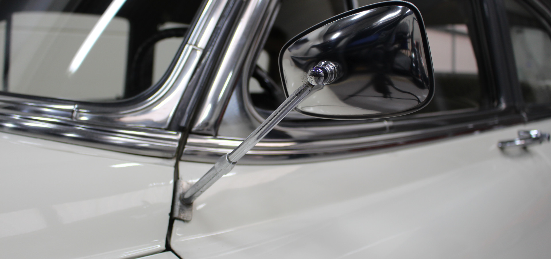 Chevrolet_BelAIr_1953_21.JPG