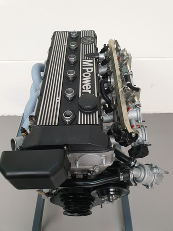 BMW_E24_M635_AUG84_motor_80.jpg