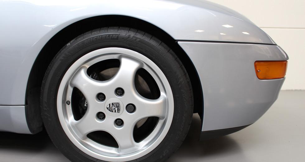 Porsche_968_12.JPG