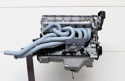 BMW_E24_M635_AUG84_motor_77.JPG