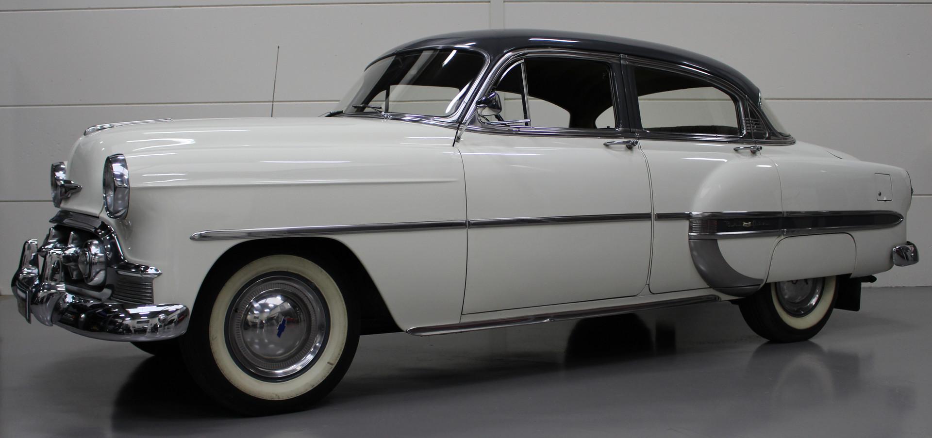 Chevrolet_BelAIr_1953_12.JPG