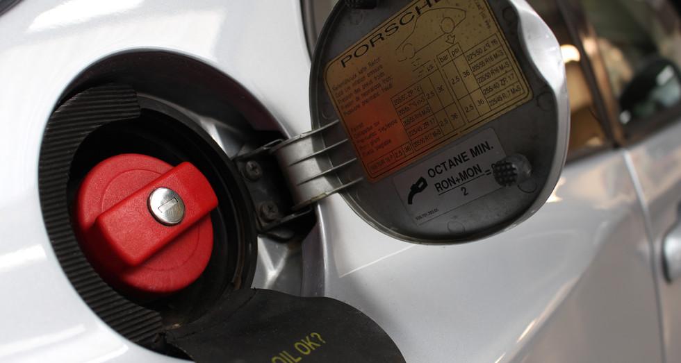 Porsche_968_15.JPG