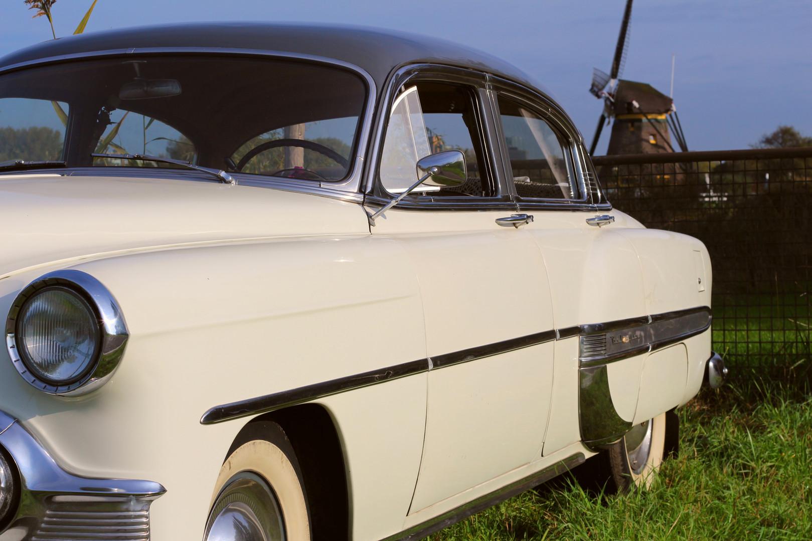 Chevrolet_BelAIr_1953_4.jpg