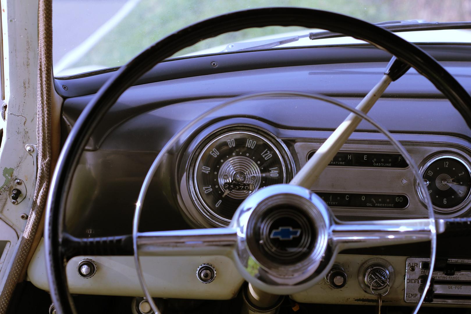 Chevrolet_BelAIr_1953_7.jpg