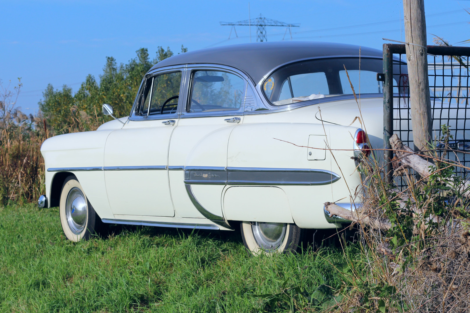 Chevrolet_BelAIr_1953_5.jpg
