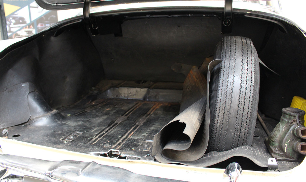 Chevrolet_BelAIr_1953_31.JPG