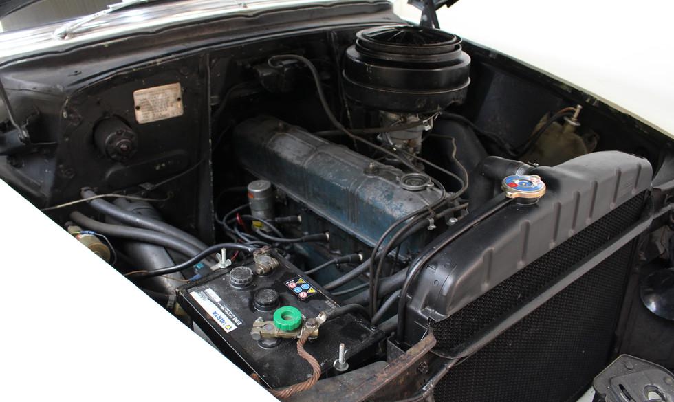 Chevrolet_BelAIr_1953_27.JPG
