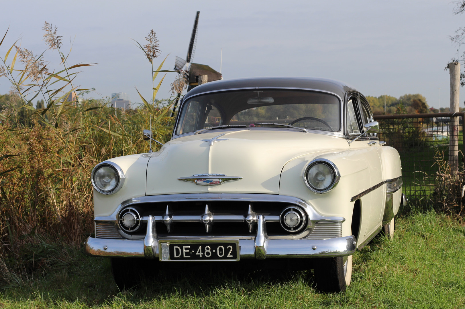 Chevrolet_BelAIr_1953_2.jpg