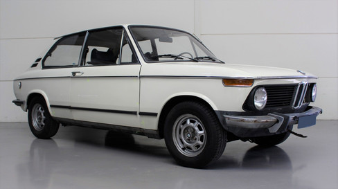 BMW_E6_1802_Touring_kickoff_2_edited.jpg