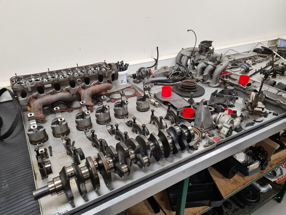 BMW_E21_323i_engine_rebuild_3.jpg