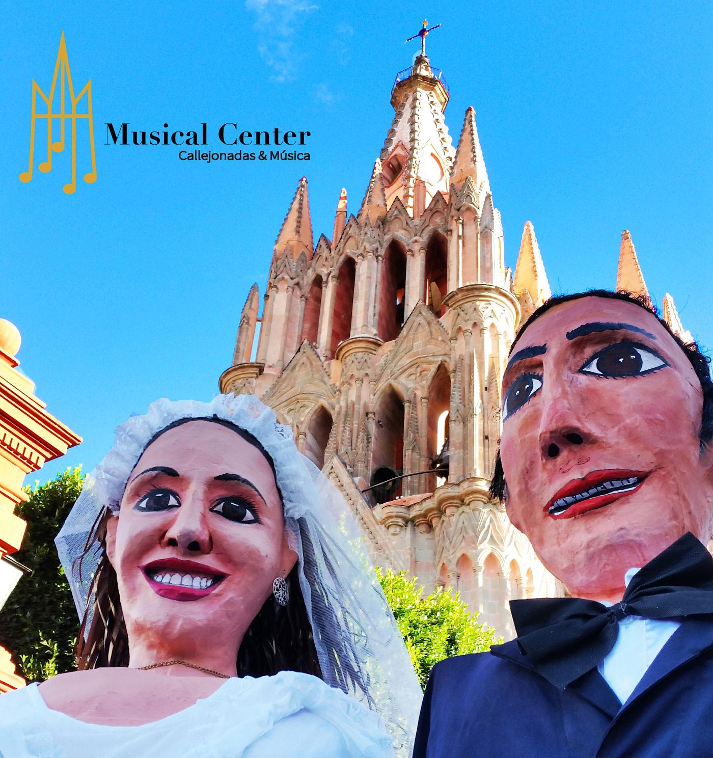 Mojigangas en San Miguel