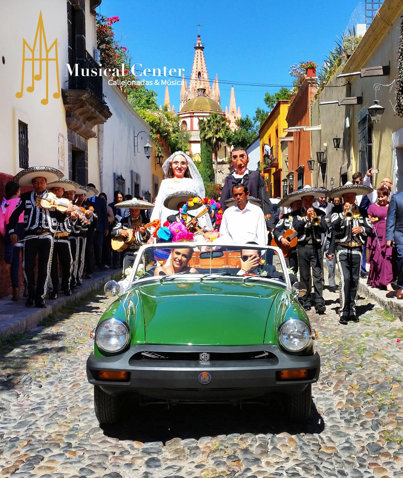 Callejoneadas en San Miguel