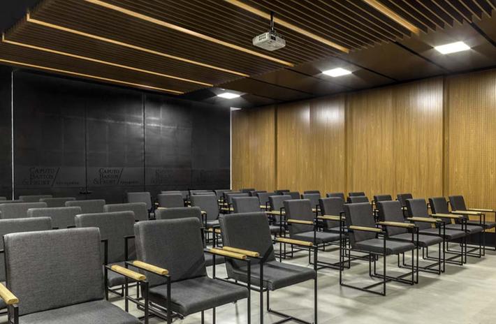 Sala Multiuso - Escritório de Advocacia