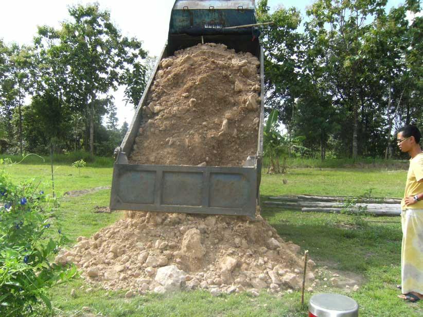 03.-soil-arrives