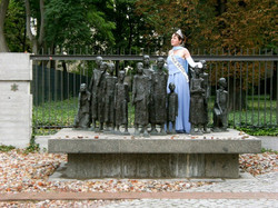 Josef Stalin statue