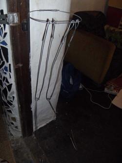 5. Wire Leg