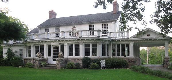 Farnham Manor