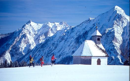 Mit den Schneeschuhen zur Kapelle