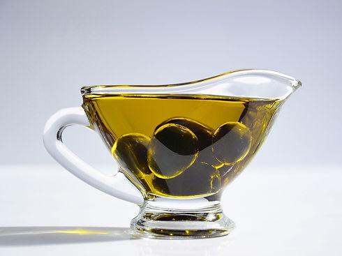 Vittorakis Extra Virgin Olive Oil.jpg